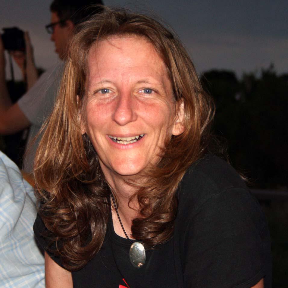 Dr Barbara Kelly