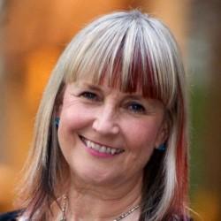 Genevieve Timmons headshot