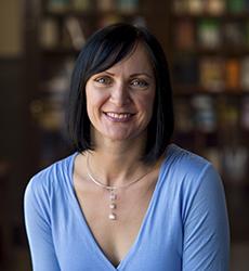 Dr Una McIlvenna