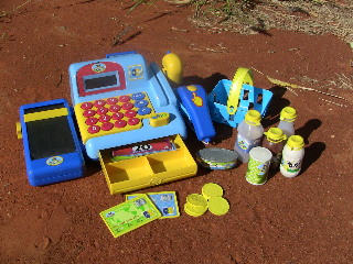 Toys to facilitate participant interaction