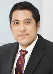 Dr Vishnu Juwono