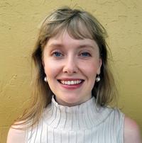 Dr Elizabeth McLean