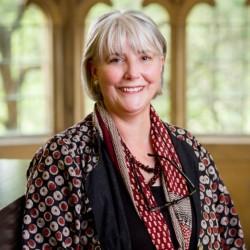 Alison Inglis headshot